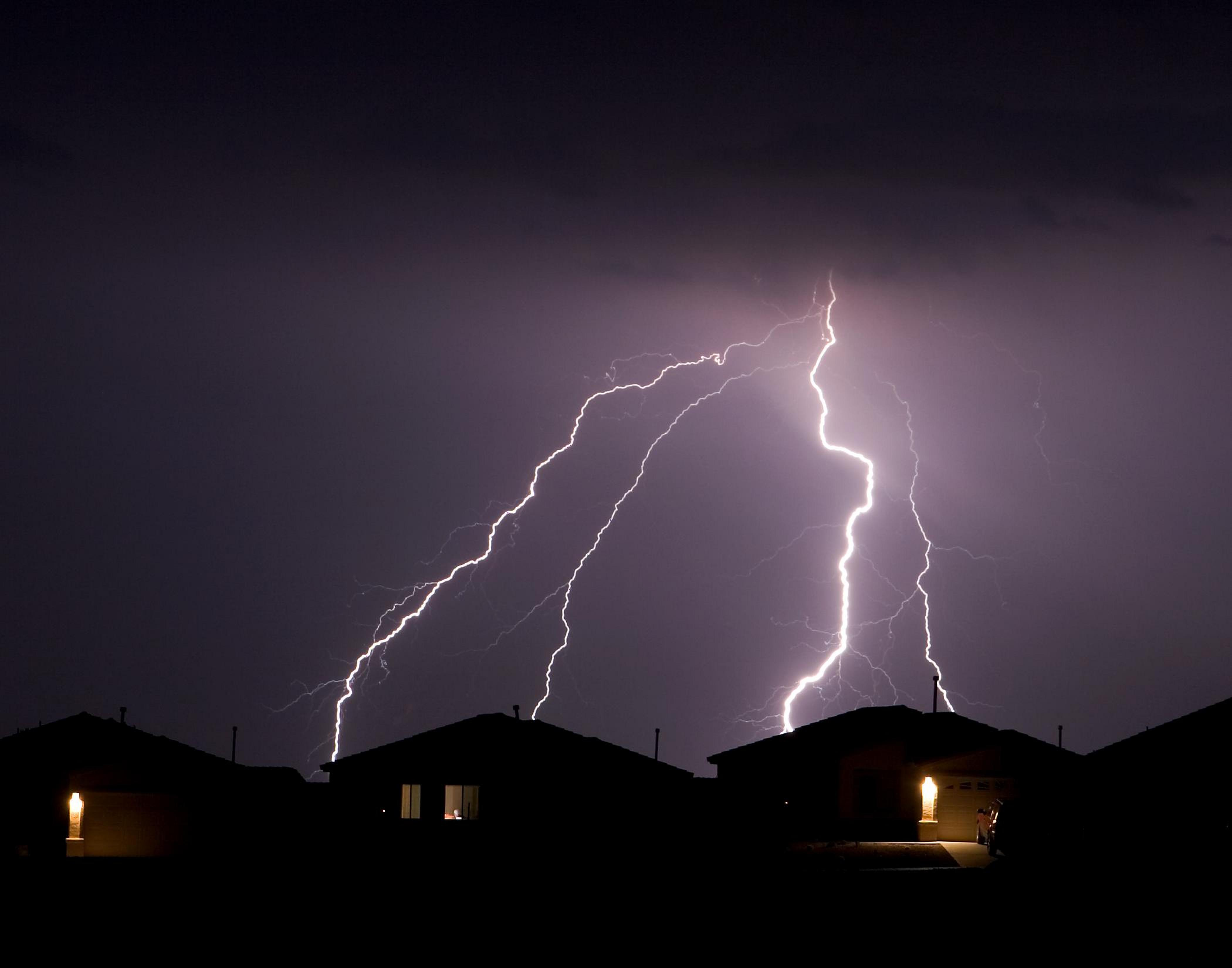 Lightning-Storm-2